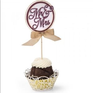 Thinlits die-cupcake wrapper set 2pc